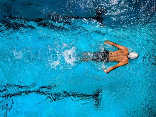 7 m thodes de chauffage pour la piscine - Poele a bois pour piscine ...